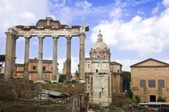 O fórum romano em Roma imagem de stock royalty free