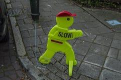O fantoche engraçado esteja ciente em crianças em Amsterdão o 2018 holandês imagem de stock royalty free