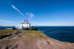 O farol da lança do cabo em Terra Nova, Canadá Foto de Stock