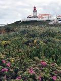 O farol famoso e pitoresco de Cabo a Dinamarca Roca imagem de stock