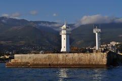O farol na frente marítima em Yalta Foto de Stock Royalty Free