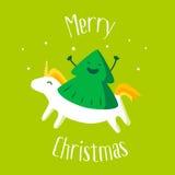 O Feliz Natal carda com a árvore e o unicórnio de Natal do divertimento no fundo verde Ilustração do vetor Foto de Stock