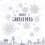 O Feliz Natal carda com as casas na cidade Imagens de Stock Royalty Free