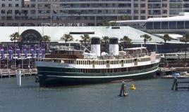 O ferryboat aposentado S S Steyne sul em Darling Harbour imagens de stock
