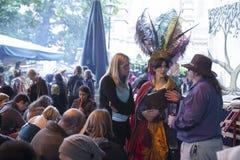 O festival da abundância comemorou em outubro no Bankside fora do globo do ` s de Shakespeare na cidade de Londres, Inglaterra foto de stock