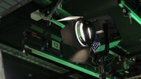 O filme ajustou a iluminação video estoque