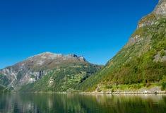 O fiorde de Geiranger em Noruega protegeu pelo UNESCO Imagem de Stock