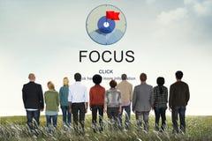 O foco determina o conceito da visão do projetor do ponto de foco Fotografia de Stock