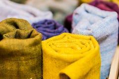 O foco macio coloriu brilhantemente o teste padrão natural das texturas fotos de stock