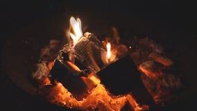 O fogo ardente vídeos de arquivo