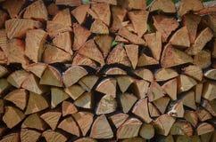 O fogo de madeira apronta-se ao inverno fotografia de stock