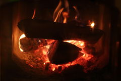 O fogo na fornalha Imagem de Stock Royalty Free