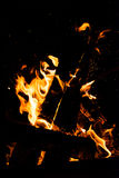 O fogo Um fogo na chaminé Imagem de Stock Royalty Free