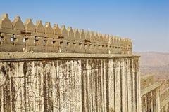 O Fortification dá forma ao forte de Kumbhalghar Foto de Stock