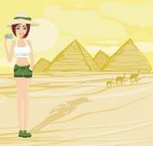 O fotógrafo da natureza que toma imagens em Giza construiu para o pharao ilustração royalty free