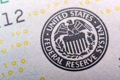 O fragmento da nota de dólar 100 Foto de Stock