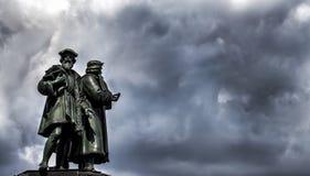 O Francoforte Johannes Gutenberg Statue Fotos de Stock