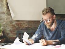 O funcionamento do homem determina o conceito do estilo de vida do espaço de trabalho Imagem de Stock
