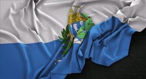 O fundo 3D de San Marino Flag Wrinkled On Dark rende ilustração stock