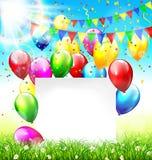 O fundo da celebração com estamenhas do quadro balloons o gramado c da grama Imagens de Stock Royalty Free