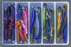 O fundo da pesca do delicado do gabarito seduz com ganchos imagens de stock royalty free