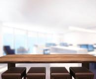 O fundo de madeira do tampo da mesa no escritório 3d rende Imagem de Stock Royalty Free