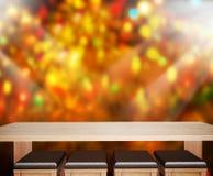 O fundo do feriado com o 3d de madeira vazio rende Fotografia de Stock Royalty Free