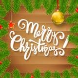 O fundo do Natal com abeto ramifica, bagas vermelhas, bolas do ano novo Imagens de Stock Royalty Free