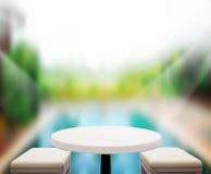 O fundo do tampo da mesa e a associação de madeira 3d rendem Fotos de Stock
