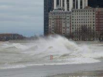O furacão Sandy faz com que o Lago Michigan aumente fora de sua costa fotografia de stock