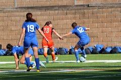 O futebol das mulheres do NCAA DIV III da faculdade Foto de Stock