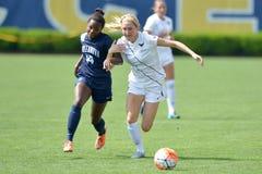 2015 o futebol das mulheres do NCAA - Villanova @ WVU Imagem de Stock