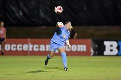 2015 o futebol das mulheres do NCAA - WVU-Maryland Foto de Stock Royalty Free