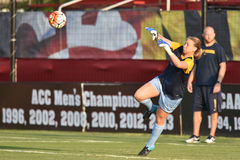 2015 o futebol das mulheres do NCAA - WVU-Maryland Imagem de Stock