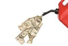 O gás pode dinheiro de derramamento Fotografia de Stock Royalty Free