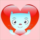 O gato bonito olha do coração vermelho Fotos de Stock Royalty Free