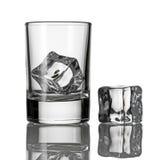 O gelo em um vidro Imagens de Stock