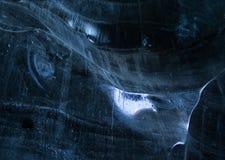O gelo maciço dentro de uma caverna da geleira imagens de stock