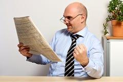 O gerente é satisfeito com a subida e o develo positivo da parte Imagem de Stock