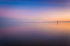 O Golfo do México no por do sol, visto da praia de Smathers, Key West Imagem de Stock Royalty Free