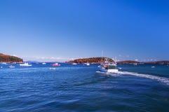 O golfo do Oceano Atlântico e das ilhas pequenas, muitos barcos na água A costa do Oceano Atlântico EUA Maine Bar Harbor Fotos de Stock