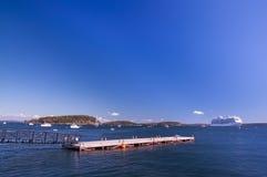 O golfo do Oceano Atlântico e das ilhas pequenas, muitos barcos na água A costa do Oceano Atlântico EUA Maine Bar Harbor Imagem de Stock Royalty Free