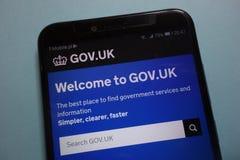 O governo BRITÂNICO gov Web site oficial britânico indicado no smartphone imagens de stock