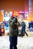 O governo do ` sem mensagem do ` da pena do protestador em Bucareste, Romênia Foto de Stock Royalty Free