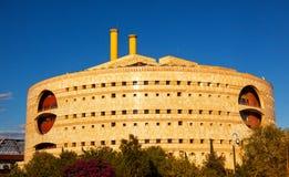 O governo redondo moderno de Torre Triana que constrói Sevilha a Andaluzia Fotos de Stock
