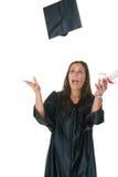 O graduado da mulher nova recebe Imagem de Stock Royalty Free