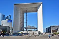 O Grande Arche no distrito financeiro da defesa do La Fotografia de Stock