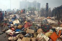 O grande incêndio estoira no precário de Kolkata Fotos de Stock Royalty Free