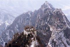 O Grande Muralha de China na neve fotografia de stock royalty free