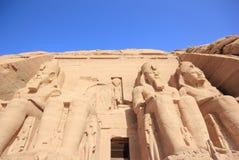 O grande templo de Ramesses II Abu Simbel, Egipto imagem de stock